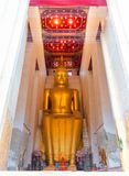` Grande Luang Pho de Buda a la estatua del ` imágenes de archivo libres de regalías