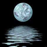 Grande luna su acqua Fotografia Stock Libera da Diritti