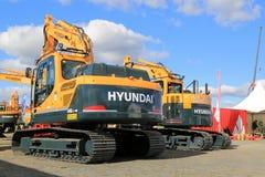Grande máquina escavadora da esteira rolante de Hyundai 140LC Fotos de Stock Royalty Free