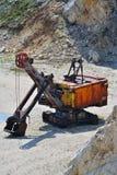 Grande máquina escavadora velha Fotos de Stock