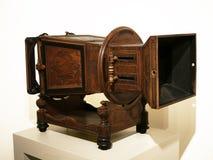Grande macchina fotografica di legno d'annata Immagine Stock