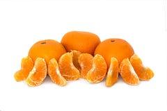 Grande, maduro, brilhante, tangerina em um fundo branco, fruto suculento no fundo isolado mandarin imagem de stock royalty free