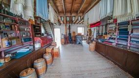 Grande magazzino antiquato - vecchio mondo Wisconsin immagini stock