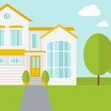 Grande maison avec des arbres Image stock