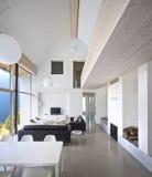 Grande maison de luxe intérieure l Photos libres de droits