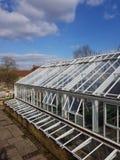 Grande mattone e campana di vetro all'aperto di vetro del giardino Fotografia Stock