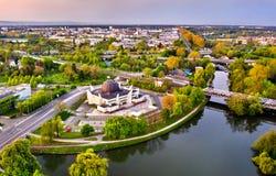 A grande mesquita de Strasbourg e do rio doente em França imagens de stock royalty free