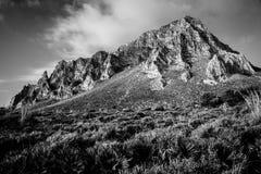 Grande montagna in bianco e nero Fotografia Stock Libera da Diritti