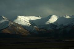 Grande montanha da neve Fotos de Stock Royalty Free