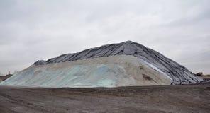 A grande montanha de sal Fotografia de Stock Royalty Free