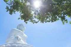 Grande monumento di Buddha sull'isola di Phuket in Tailandia fotografia stock