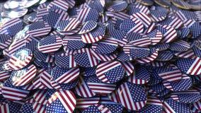 Grande mucchio dei distintivi che caratterizzano le bandiere degli Stati Uniti rappresentazione 3d Fotografia Stock Libera da Diritti