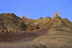 Grande muraglia di Jiayuguan che appende in Cina Immagini Stock