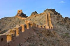 Grande muraglia di Jiayuguan che appende in Cina Immagine Stock