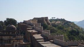 Grande Muraille - fort de Kumbhalgarh Photographie stock