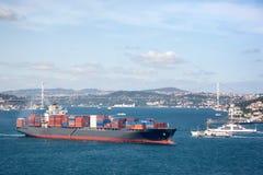 Grande nave porta-container Fotografia Stock Libera da Diritti