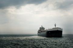 Grande navio comercial Foto de Stock Royalty Free