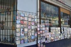 Grande negozio del CD con i CD di reggae immagine stock