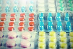 Grande numero medico delle pillole Immagini per l'industria farmaceutica Il concetto di medicina immagini stock libere da diritti