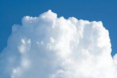 Grande nuvola bianca Fotografia Stock