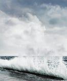 Grande onda di oceano Fotografia Stock Libera da Diritti
