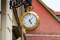 Grande orologio da tasca come il logo di un negozio dell'orologio Fotografie Stock
