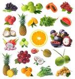 Grande pagina della frutta e della verdura isolate su fondo bianco Fotografie Stock Libere da Diritti