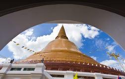 Grande pagoda più in Tailandia Immagine Stock Libera da Diritti