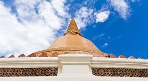 Grande pagoda più in Tailandia Fotografie Stock