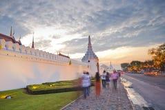 Grande palazzo di Wat del kaew crepuscolare di pra a polvere Fotografia Stock