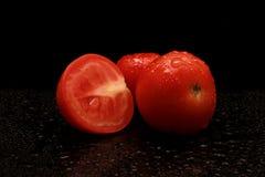Grande photo rouge fraîche de fond de plan rapproché de tomates Image stock