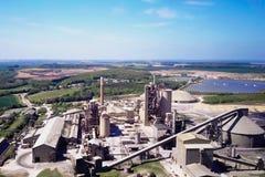 Grande pianta del cemento La produzione di cemento su una scala industriale nella fabbrica Fotografia Stock