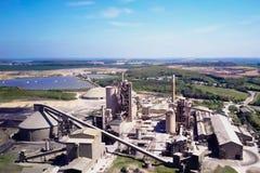 Grande pianta del cemento La produzione di cemento su una scala industriale nella fabbrica Immagine Stock Libera da Diritti