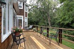 Grande piattaforma di legno della casa di lusso Fotografia Stock