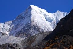 Grande picco di montagna Fotografia Stock