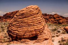 Grande pierre rouge en canyon du feu Photo stock