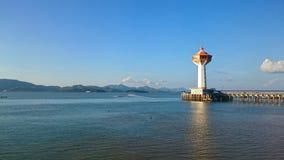 Grande pilastro di andamane lungo l'oceano di andaman Fotografia Stock Libera da Diritti