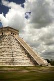 Grande pirâmide famosa da cidade maia Chichen Itza Imagens de Stock