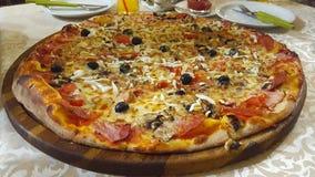 Grande pizza Fotografie Stock