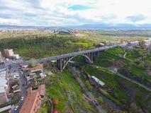 Grande ponte de Hrazdan, Yerevan, Arm?nia imagens de stock