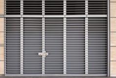 Grande porta del metallo Immagini Stock Libere da Diritti