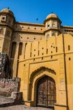 Grande porte en bois Amer Fort Photo stock