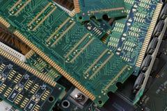 Grande primo piano Moduli di RAM, destinati per recuperare le materie prime importanti, compreso oro immagini stock libere da diritti