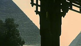 Grande pyramide archivistique de Gizeh de temple de vallée clips vidéos
