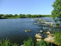 Grande rio pequeno Fotografia de Stock Royalty Free