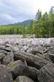 Grande rivière en pierre Taganay Urals-1 du sud Photo stock