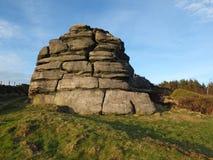 Grande roccia che un grande affioramento di gritstone in West Yorkshire vicino todmorden fotografie stock libere da diritti