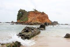 Grande roccia nel mare Fotografia Stock