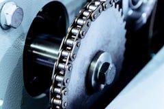Grande roda denteada, movimentação chain mecânica fotos de stock