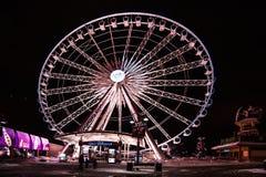 Grande roue aux chutes du Niagara photo stock